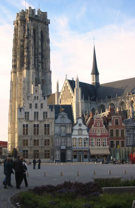 The American Club of Brussels - Historical Walking Tour Mechelen